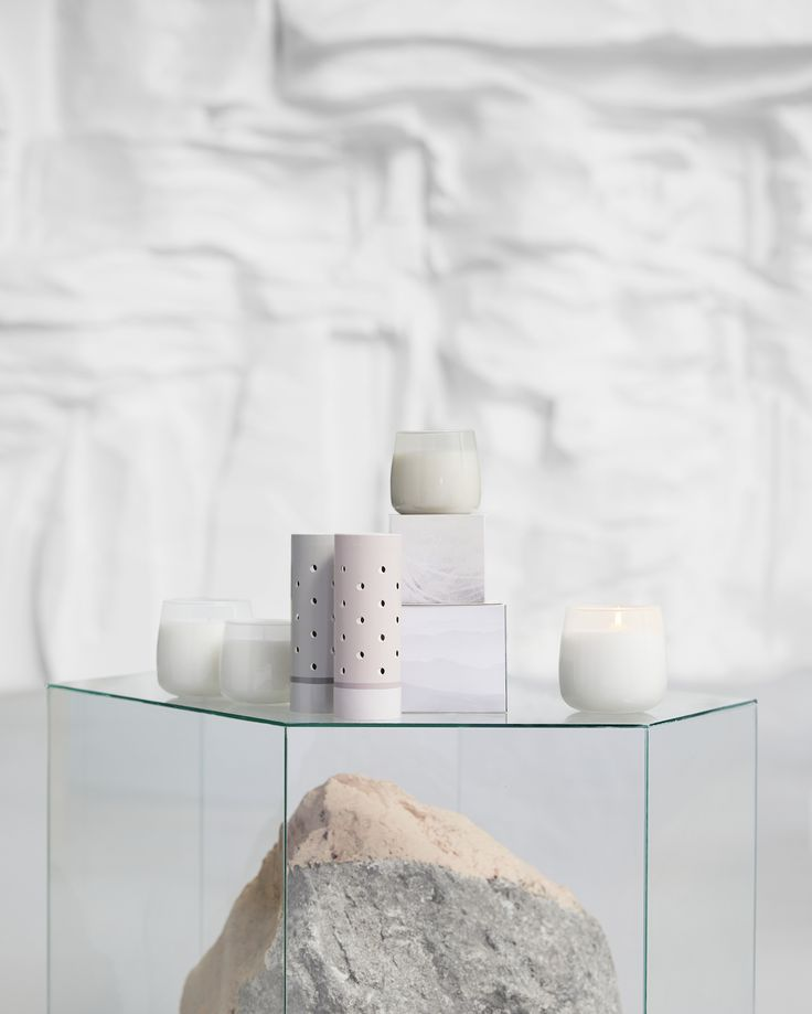 Freshen up the air at home with candles and other scented products from the FRISKHET series. Find it at IKEA!