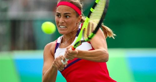 Who is Monica Puig the Puerto Rico player who won the gold medal in the Rio 2016 Olympic Games women's tennis final?