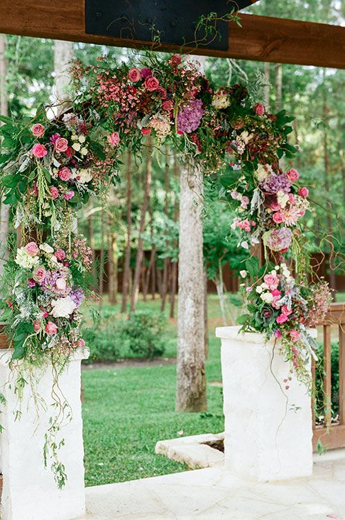 A Wedding Planners Rustic, Romantic Texas Wedding, Lush Ceremony Structure | Great florals for a mandap #indianwedding