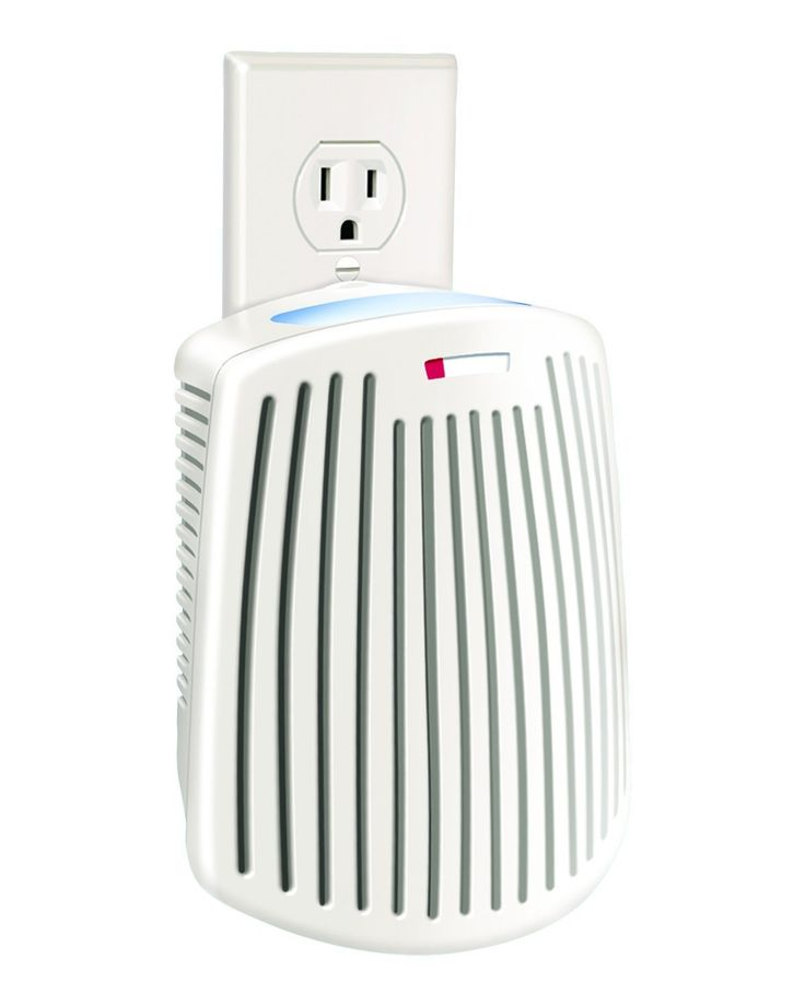 True Air Plug Mount odor eliminator with built in night light. I put these by all the litterboxes, it really helps with smells!
