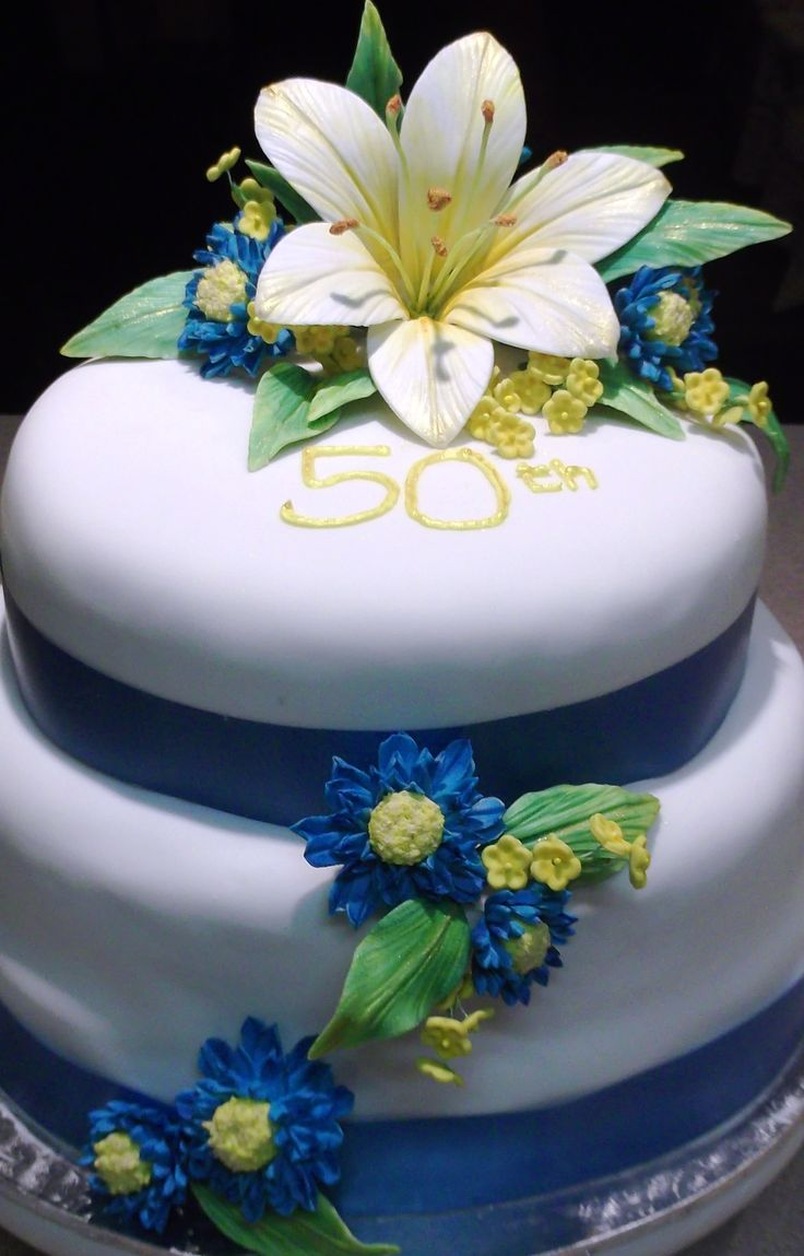 50th Wedding Anniversary Cake with Flowers