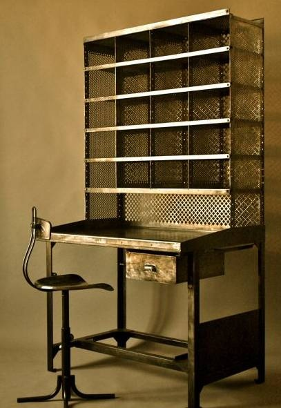 I Need This Desk -aisi Vintage 50's