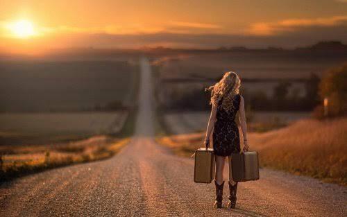 A lo largo de tu vida tendrás que renunciar a muchas personas que antes han estado en ella, pero que ahora ya te aportan nada. Esto suele suceder cuando ya no le importas a alguien y dejas atrás a todas esas personas a las que ya no le interesas. Te recomendamos: Nada volverá a ser …