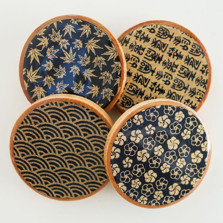 Coasters are that item that you don't think you need until you actually need them. This simple craft project produces a petitversion of regular sized coasters to suitJapanese, Chinese, and Korean...