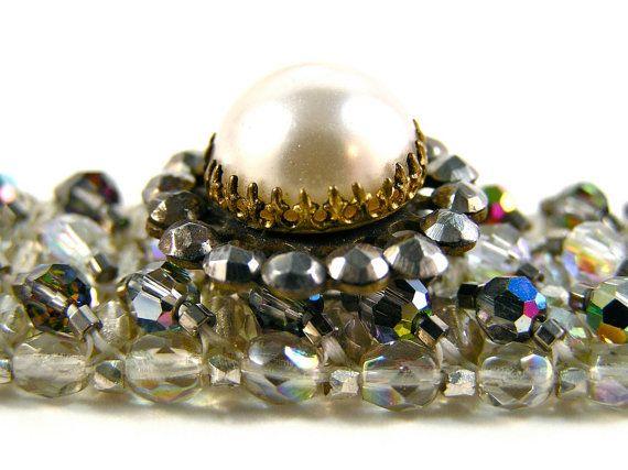 Vintage Button Bracelet  Beadweaving  Swarovski by knitbeadlove