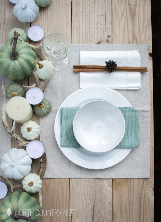 fall table decor, fall tablescape, green fall decor, neutral fall decor, fall table decorating, how to decorate your table for fall