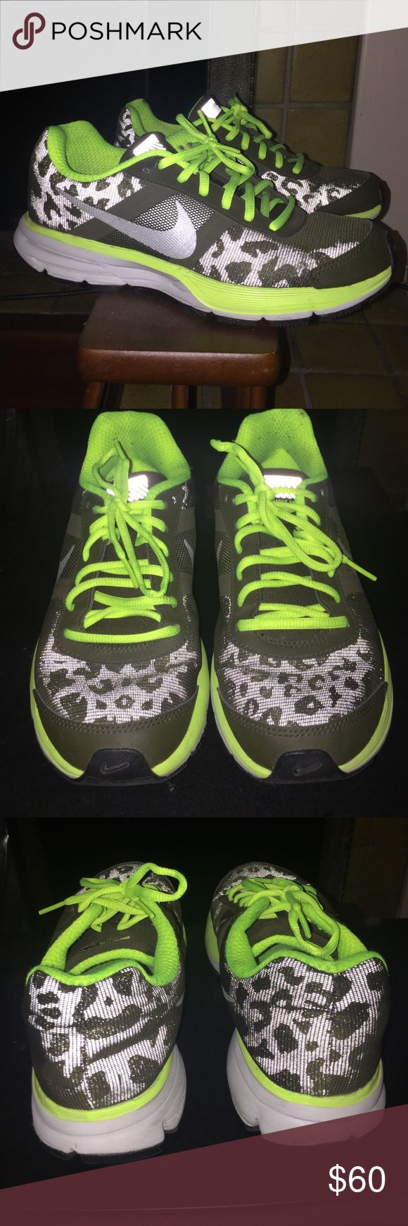 Nike leopard Pegasus 30 Nike leopard print on sneakers H20 Repel the colors are black with a neon yellow green these are great to go walking or jogging as the sun sets they have a reflective on them Note:these are a size 6 Youth fits best with a size 7 women's Nike Shoes Sneakers
