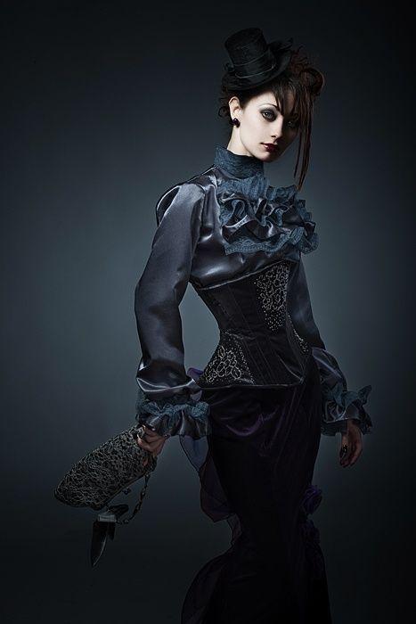 Neo-Victorian Women | Neo-Victorian Goth girl