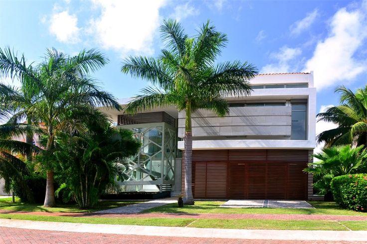Property Of CASA MURMULLO WATERFRONT HOME