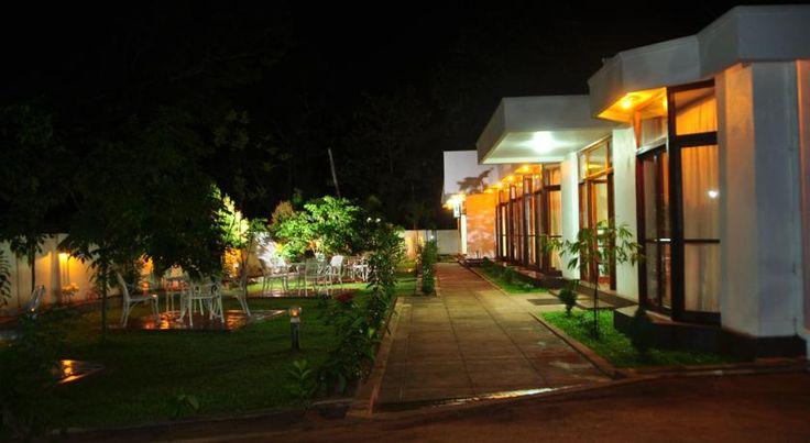 Das Melbourne Tourist Rest begrüßt Dich 300 m von New Town und 3 km vom Flughafen Anuradhapura entfernt. Es verfügt über ein Restaurant, eine Bar und kostenfreies WLAN.