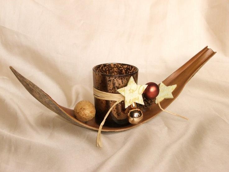 Weihnachts-Tischdeko auf Kokos-Blatt, Glas braun