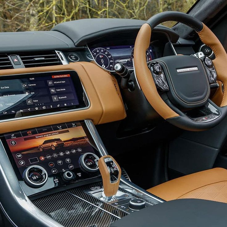 What would you rate this interior 👎110👍 Range rover