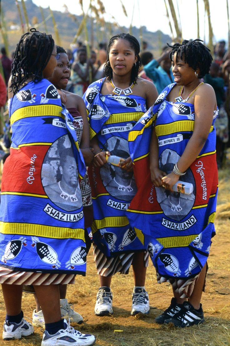 Cool Traditional Wedding dresses Zulu girls attend Umhlanga, the annual Reed Dance festival of Swaziland.... Check more at http://24shopping.tk/fashion-clothes/traditional-wedding-dresses-zulu-girls-attend-umhlanga-the-annual-reed-dance-festival-of-swaziland/