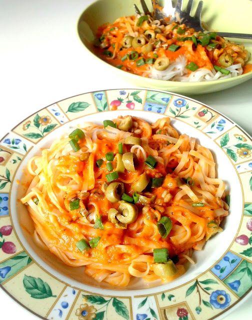 WEGANIZM UDOMOWIONY: Kremowy sos z pomidorów