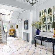 Classic Hallways--How to decorate hallways