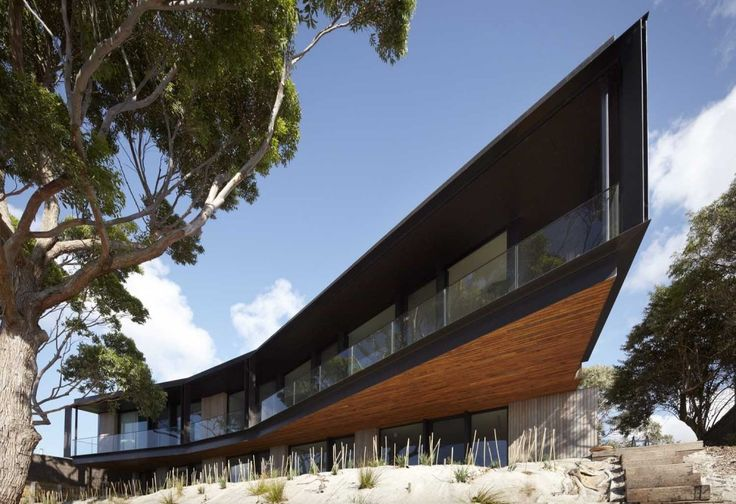 Bluff House / Inarc Architects