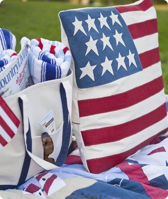 30 Patriotic Home Decoration Ideas In White Blue And Red: Old Glory DIY Fourth Of July Pillow