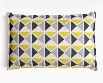Coussin déco 1930 jaune, gris, noir par Mademoiselle Dimanche... Graphique et moderne, j'adore...