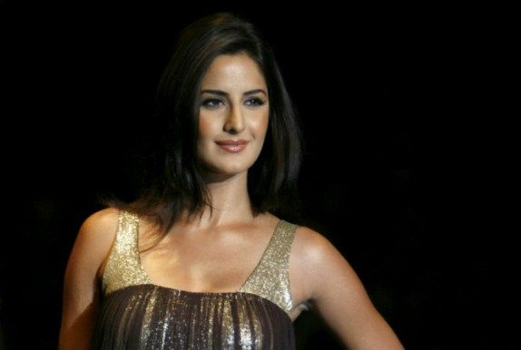 """Stars like Katrina Kaif, Ranveer Singh, Jacqueline Fernandez and Yo Yo Honey Singh would be seen performing on the occasion, according to PTI. The report noted that English band TBC will also enthral the audience. Moreover, there would be 200 dancers, mass cast performers, folk artists and percussionists to add more entertainment to the much awaited inaugural ceremony of IPL 9. """"Ferriswheel is all set to put together a mad cricket party which will enliven the #IPL2016 #IPLopening"""