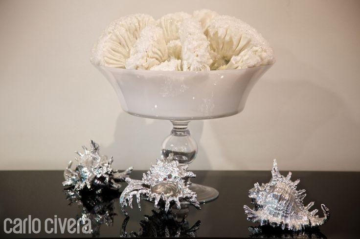 Composizione di spugne marine sintetiche in coppa di vetro http://bianca.carlocivera.org  #composizione #spugnemarine #vetro