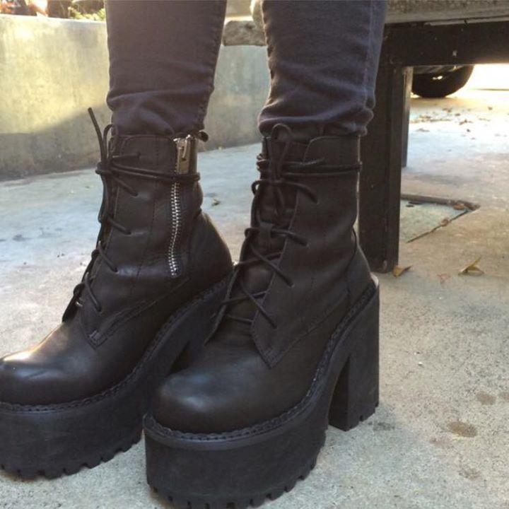 unif choke boots heavy other need