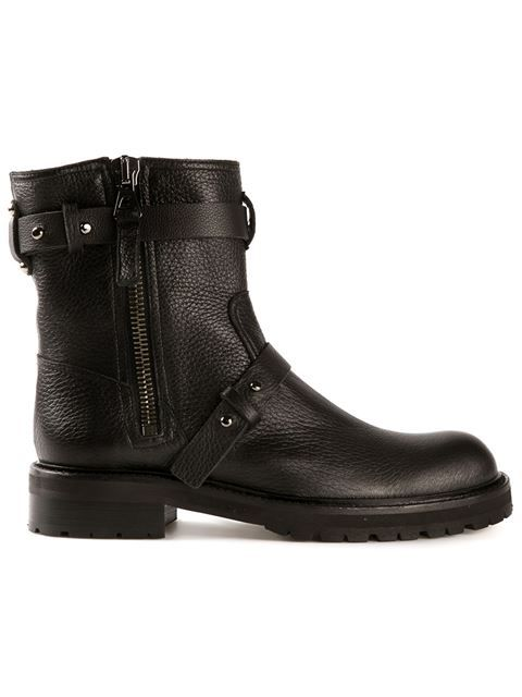 Shop Chuckies New York biker boots in CHUCKiES New York from the world's best independent boutiques at farfetch.com. Over 1000 designers from 60 boutiques in one website.
