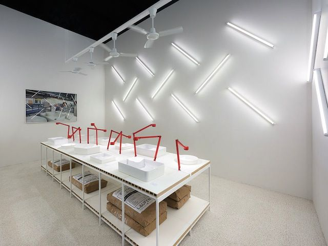 Instalação Laufen by Konstantin Grcic no Salão do Móvel de Milão5