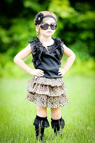 MATCHING SKIRT  http://www.apocketfullofsunshineboutique.com/products/1615300-leopard-print-tiered-skirt