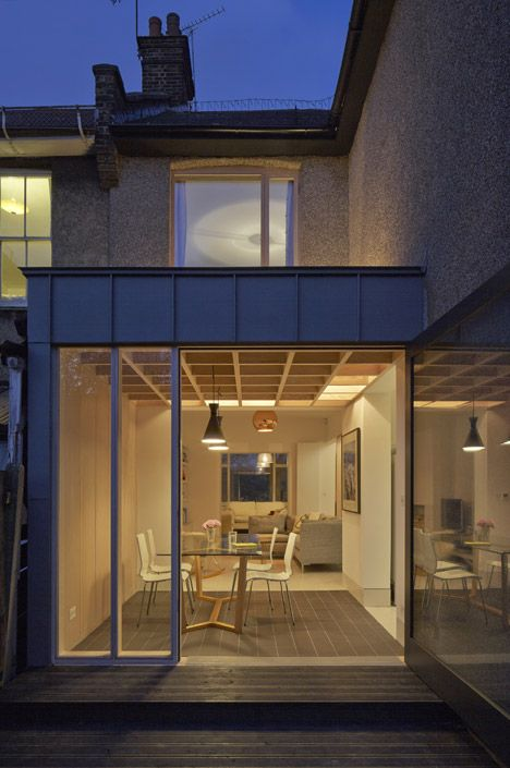 Doyle Gardens extension by Jonathan Tuckey features a criss-crossing wooden ceiling