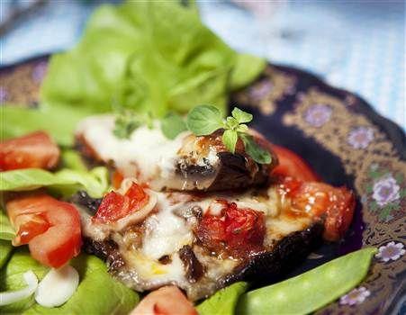 Portabellohattar med mozzarella och parmesan