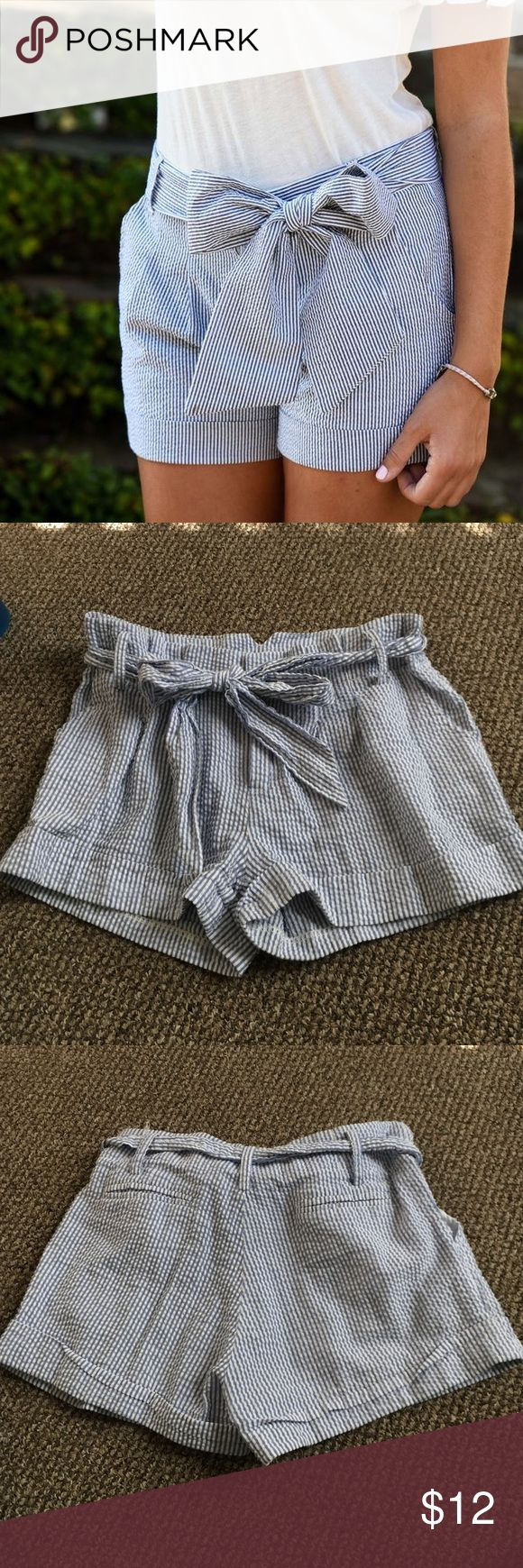Annabella Seersucker Shorts- Size 2 Light, summery, comfy shorts!! Run slightly big, I'm typically a 4, but these fit me. Great condition. Annabella Shorts