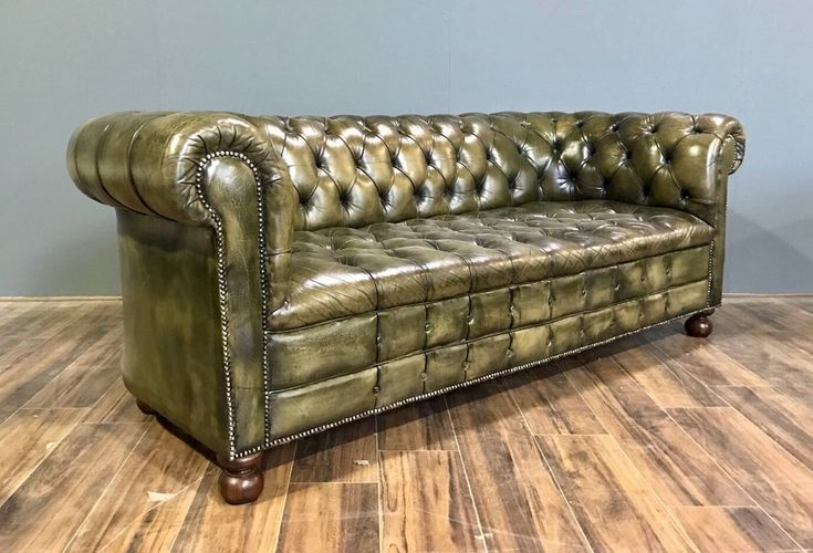 Best 25 Chesterfield Sofas Ideas On Pinterest