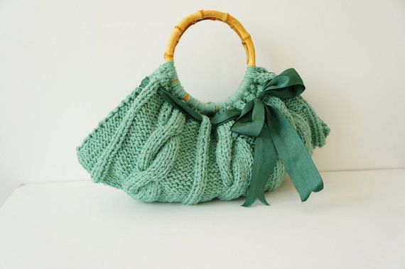 Mint Handbag, Women handbag.Hand knit bag. Knitted handbag. Women bag. Hand knit handbag.Knitted Purse.Handmade handbag Mint handbag  CHARACTERISTICS: This handbag is 100% hand knitted with warm and soft yarns (50% acrylic, 50% wool), good for use in summer, also in winter. It has faux wooden handles and a little double pocket inside. Satin lining.  MEASUREMENTS: Width: 45 cm Height: 20cm (without handle) Handle inner diameter: 15 cm COLOR: Colors may vary based upon your screen resolution…