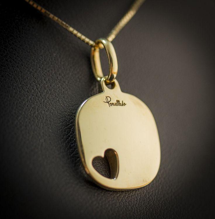 Ciondolo Pomellato in oro giallo18kt. Bellissimo ciondolo firmato pomellato con piccolo cuore sulla sinistra. prezzo da outlet, gioielleria Orolive