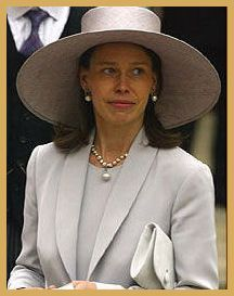 English Monarchs - Kings and Queens of England - Lady Sarah Armstrong-Jones Chatto, born May 1964, niece of Queen Elizabeth II