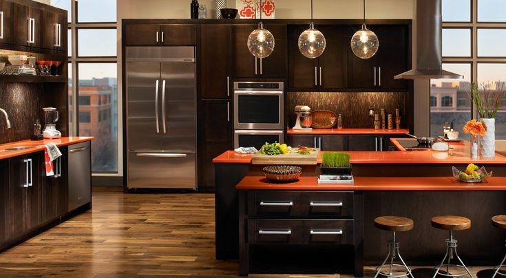 Kitchen is the hub of the house. The transitional kitchen is the room with all the action and not only because it is where you prepare your food, but it is also used in everyday activities such as entertaining guests, storing gadgets and appliances and even eating a meal with your family or friends. Well …