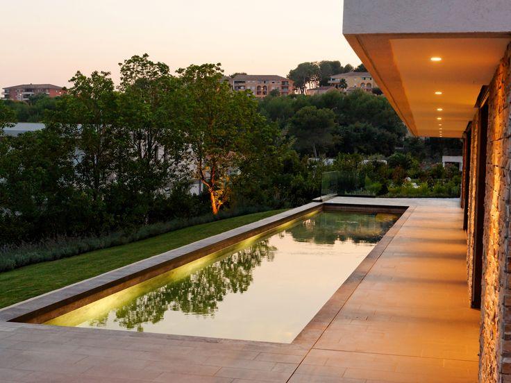 les 27 meilleures images du tableau piscine miroir sur. Black Bedroom Furniture Sets. Home Design Ideas