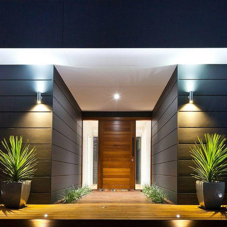 A bold entryway by @bluewater_building using Scyon Stria ✔️✔️ #australianarchitecture #architecture #exterior #exteriordesign #scyonwalls