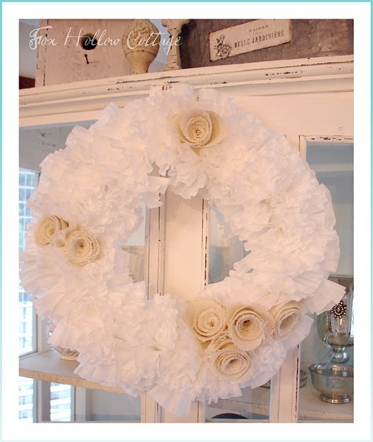 coffee filter and burlap wreath so prettyCoffee Filters Wreaths, Burlap Wreaths, Bridal Shower Decor, Crafts Ideas, Coffee Filter Wreath, Burlap Flower, Coffe Filters Wreaths, Red Rose, Burlap Rose