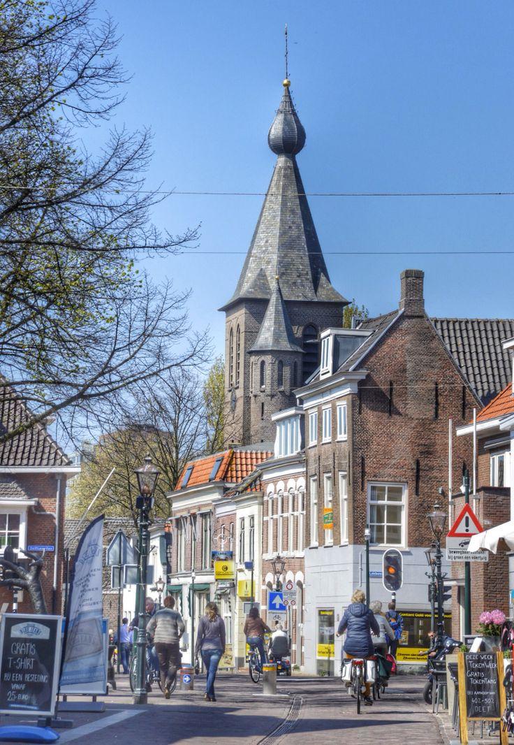 Dorpsstraat Zoetermeer Foto: Petra Simons. This was one of my favorite streets!