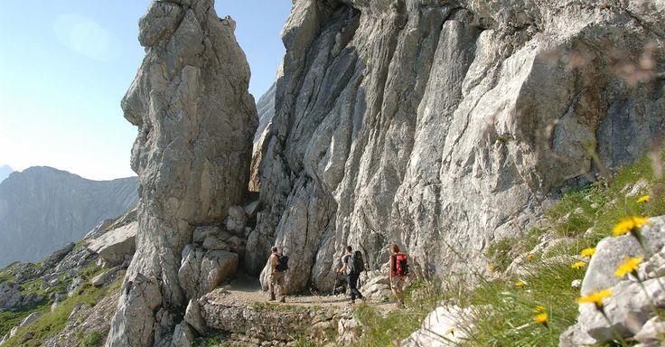 Focus.de - Wandern für Anfänger: Die schönsten Einsteigertouren in Deutschlands Bergen - Aktiv im Herbst