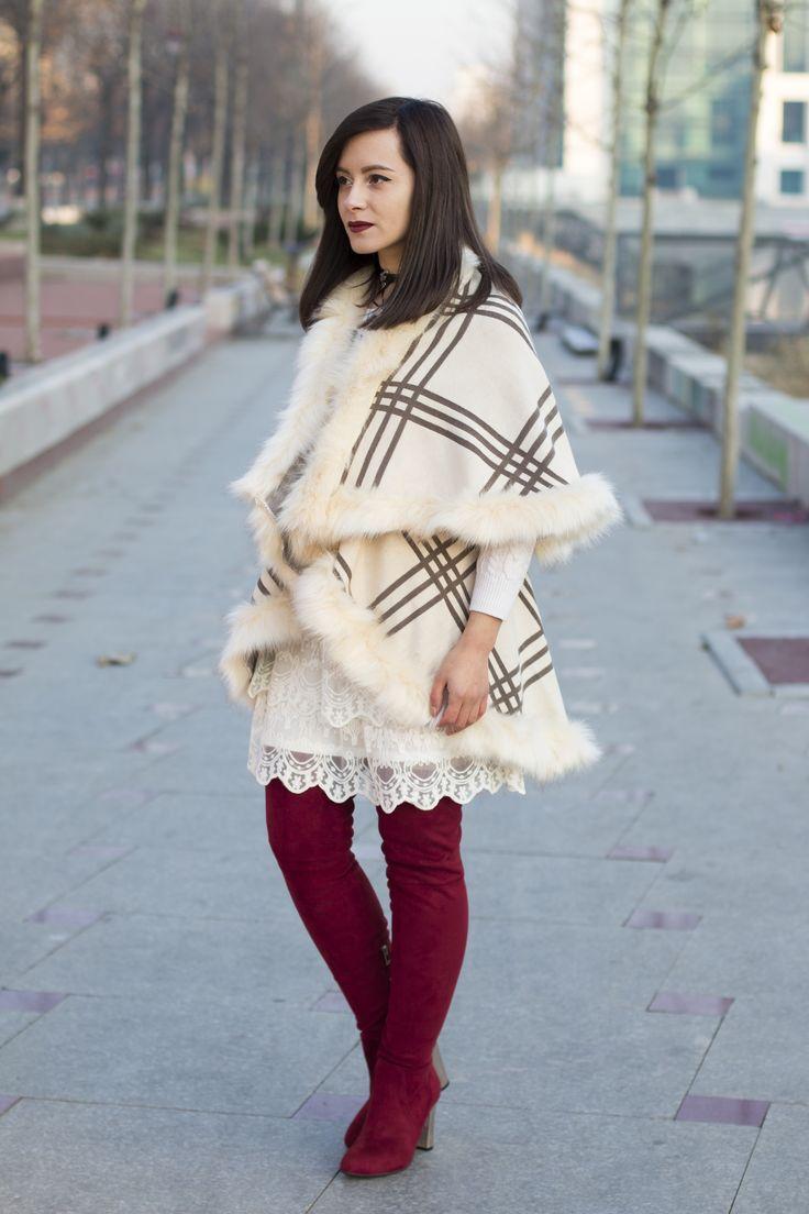 Fancy winter outfit! #fashion #fashionblogger #visiononfashion #streetstyle #ootd #winterlook #winteroutfit #whitecape #redboots #overthekneeboots #otkb