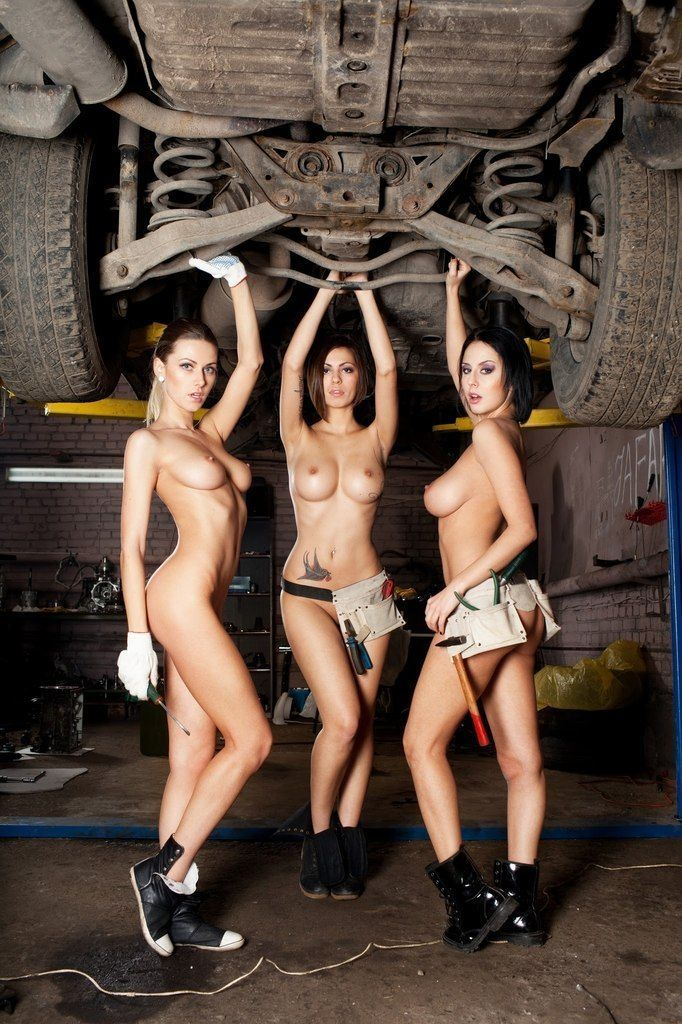 All Girls Garage Porn