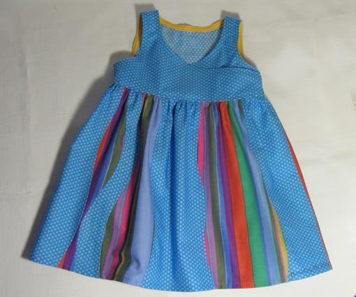 Curved Seams Dress ~ Threading My Way