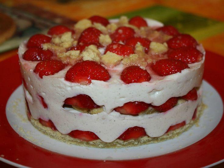 gâteau de fêtes aux fraises