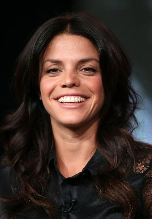 Vanessa Ferlito at event of Graceland (2013)