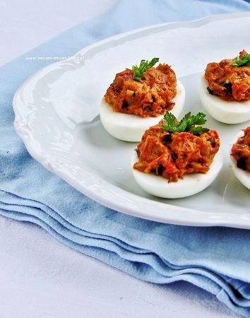 faszerowane jajka na indyjską nutę...