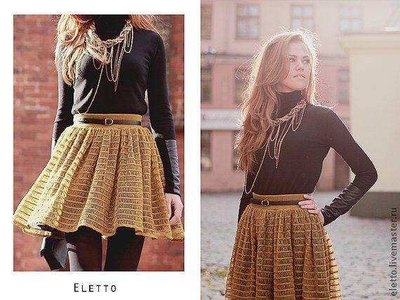 Купить или заказать Трикотажное платье Eletto в интернет-магазине на Ярмарке Мастеров. Трикотажное платье может быть связано из пряжи - шёлк с эластаном, вискоза с эластаном, шерсть с эластаном, идеально сидит на фигуре, возможна подкладка из натуркльной ткани для большей пышности (шелк, вискоза, хлопок). Возможна модель без рукавов, а также сочетание нескольких цветов.