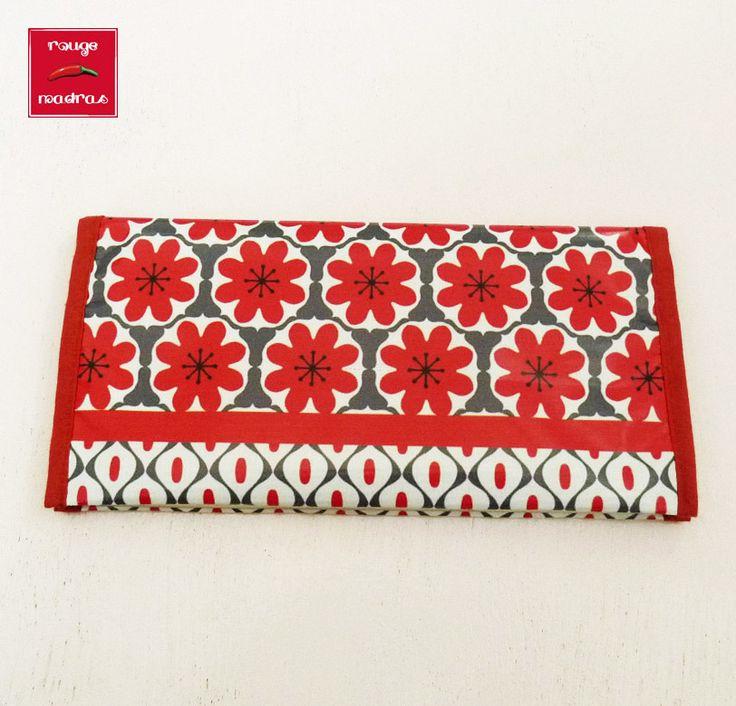 Porte chéquier femme fantaisie graphique fleur rouge et blanc : Porte-monnaie, portefeuilles par rougemadras