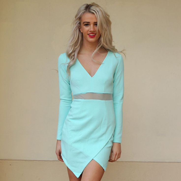 Buy amazing dresses online for the races weddings and other special occasions on Boutique By Bel at affordable prices including this stunning mint coloured long sleeve dress with v-shape neckline and mesh stripe in the middle of the dress.Material: Polyester Katie is 175cm tall